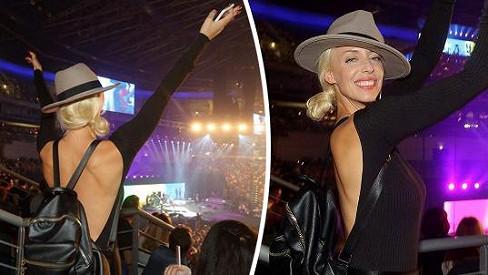 Takhle řádila na koncertu.