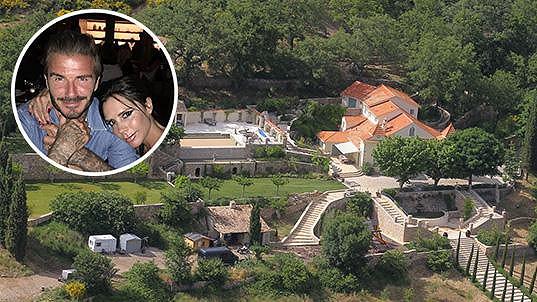 Victoria s Davidem se rozhodli pro prodej jejich nemovitosti ve Francii.