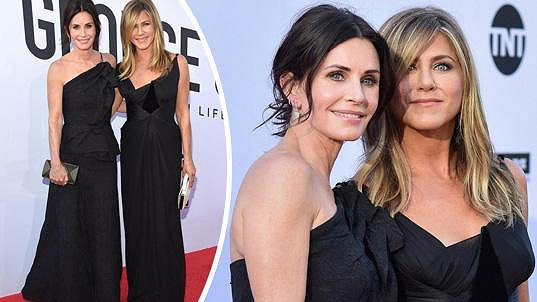 Jennifer (vpravo) a Courteney (vlevo) jsou nerozlučná dvojka.
