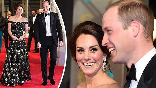 William a Catherine na červeném koberci před Royal Albert Hall