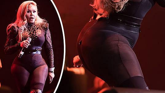 Americká raperka rozvlnila své křivky ve Filadelfii.