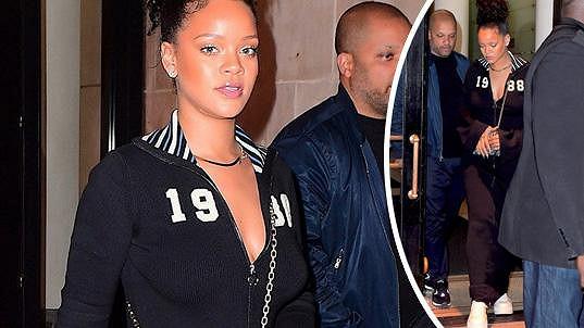Rihanna sama sobě modelkou