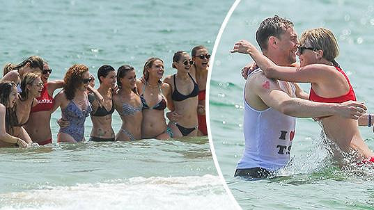 Taylor Swift s Tomem Hiddlestonem a sposutou dalších celebrit.