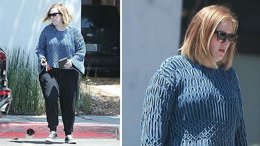 Adele si s parádou těžkou hlavu nedělá.