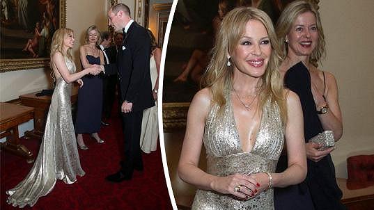 Kylie Minogue se v Buckinghamském paláci setkala s princem Williamem