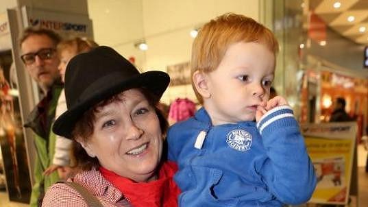 Jitka Smutná s vnukem Františkem