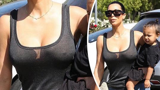 Kim tentokrát svůj outfit vůbec neřešila... A nedopadlo to vůbec špatně.