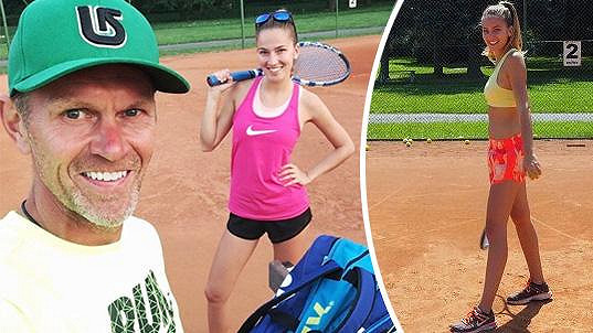 Andreu Bezděkovou vede k tenisu tatínek.