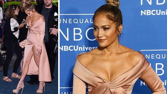 Obrovský rozparek Jennifer Lopez (47) na akci NBC v New Yorku