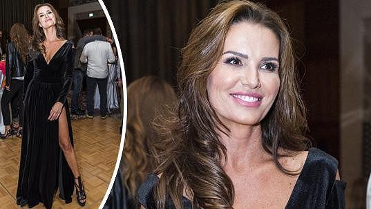 Silvia Lakatošová je atraktivní i po čtyřicítce.