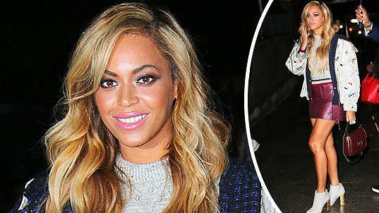 Beyoncé předvedla své štíhlé nožky.
