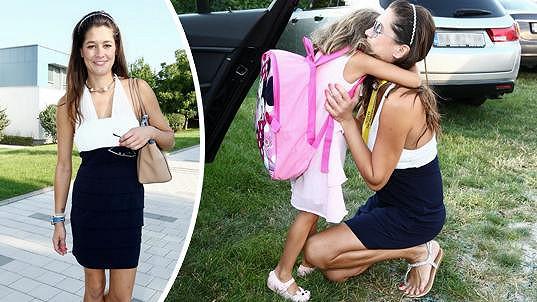 Faltýnová vedla svou dceru do první třídy.