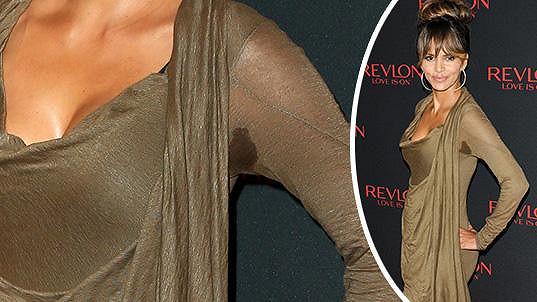 Halle Berry se příliš potila...