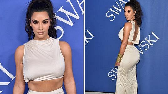 a5805d5eae Kim Kardashian převzala módní cenu bez podprsenky a pobavila ...