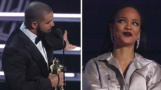 Než Rihanna převzala z rukou Drakea cenu, vyslechla si ještě milostný proslov...