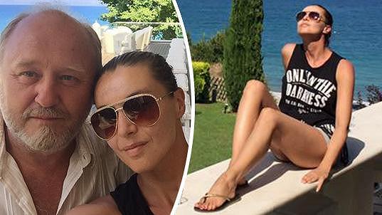Iva Kubelková si užívá na dovolené v Řecku.