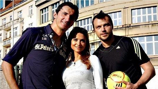 S Kamilem Čontofalským (vlevo) a Tomášem Ujfalušim Yvetta spolupracuje na projektu La Sophia.