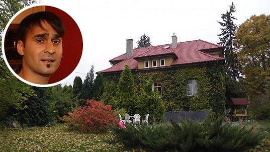 Radek Banga si pořídil parádní dům.