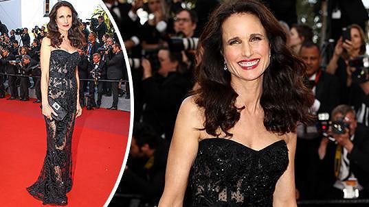 Andie MacDowell nemohla v Cannes chybět.