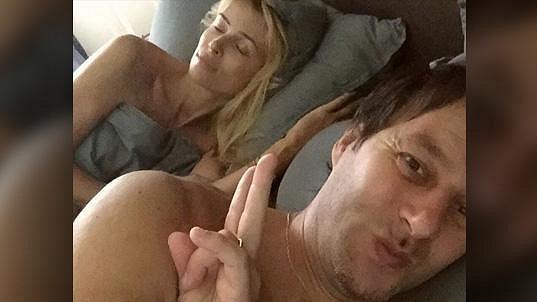 Pavol Habera a jeho selfíčko z ložnice