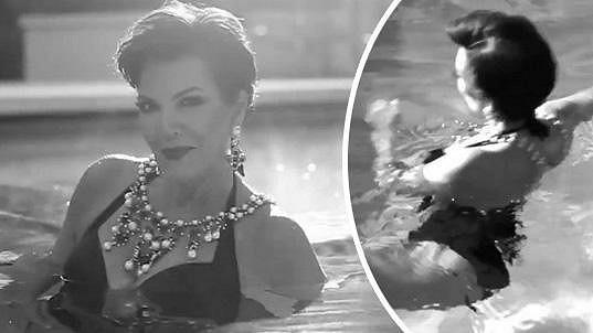 Kris Jenner se vystavuje i po šedesátce.