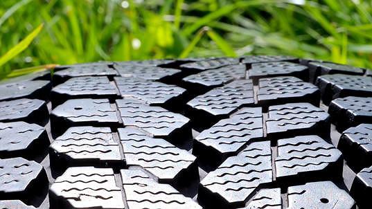 Eltma je nejmladší kolektivní systém v České republice a aktuálně zastupuje 72 významných výrobců nebo dovozců pneumatik