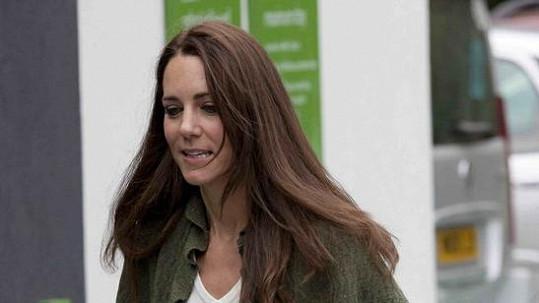 Kate Middleton na nákupech.