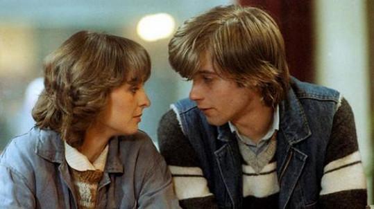 Táňa Kulíšková a Lukáš Vaculík ve filmu Láska z pasáže