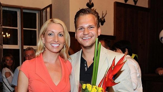Martin Chodúr s partnerkou Ivonou.