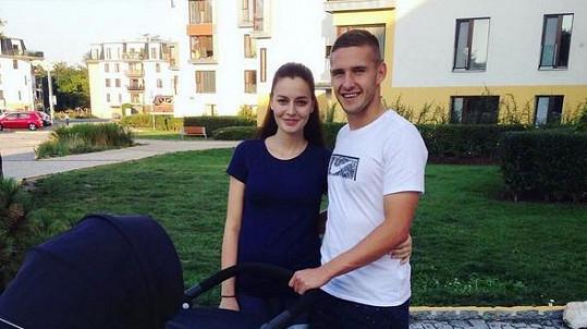 Tereza Chlebovská a Pavel Kadeřábek se dnes vzali.