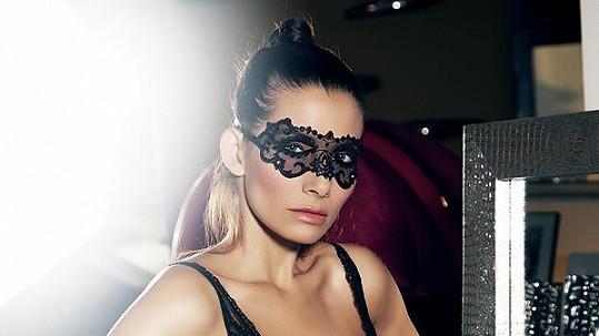 Eva Decastelo vypadá skvěle.