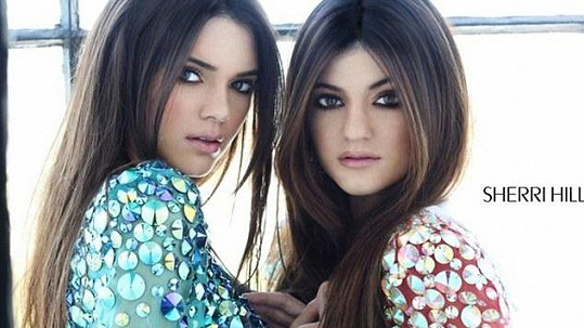 Kendall a Kylie Jenner.