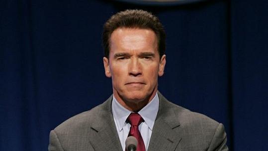 Arnold Schwarzenegger opět natáčí.