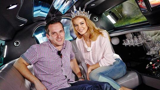 Česká Miss Gabriela Franková a Míra Hejda v pořadu Limuzína.