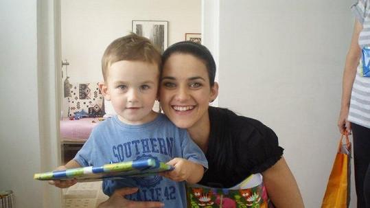 Libuše se svým synem Matyášem.
