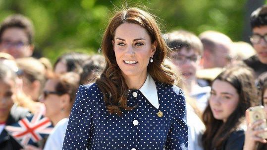 Fanoušci vévodkyni Kate zbožňují.