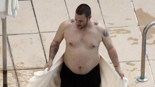 Exmanžel Britney Spearsové Kevin Federline stihl za čtyři roky přibrat spoustu kilogramů.