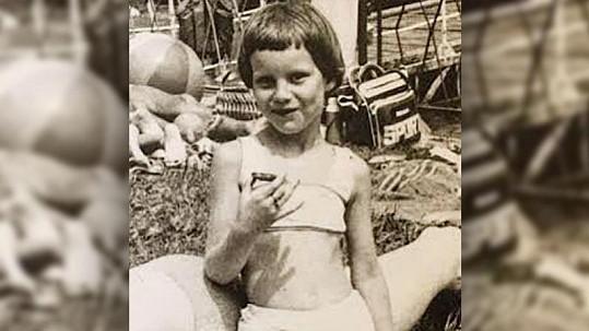 Známá modelka jako malá holčička.