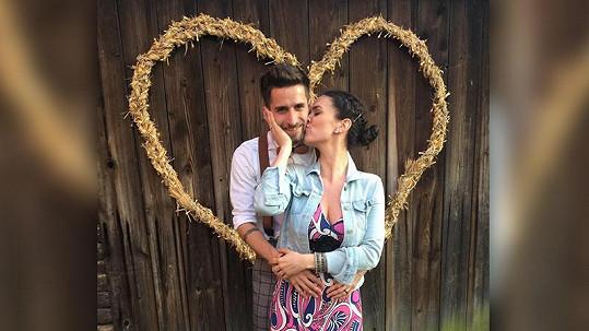 Tomáš Smička s přítelkyní Dorotou