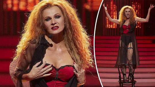 Herečka se předvedla jako Fergie.