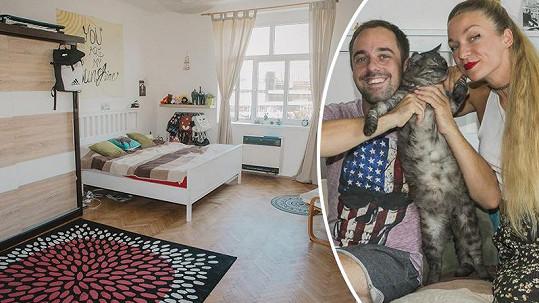 Petr s Markétou si užívají nové bydlení.
