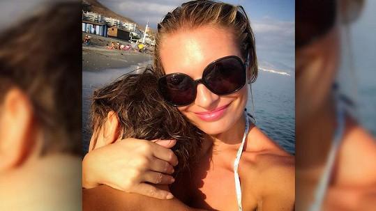 Lucie Borhyová se dojímala u společné fotky se synem