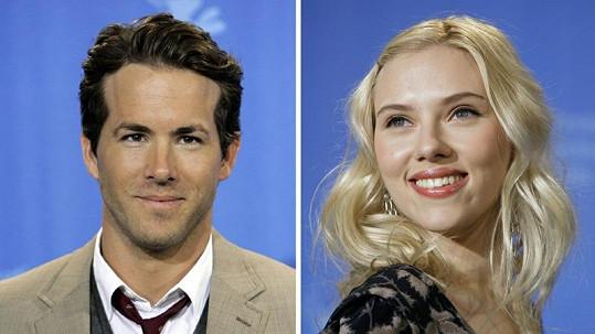 Ryan Reynolds a Scarlett Johansson jsou opět spolu.