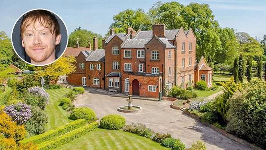 Rupert Grint prodává historické sídlo v Hertfordshiru.