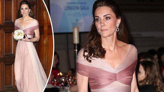Vévodkyně Kate byla v růžových šatech okouzlující.
