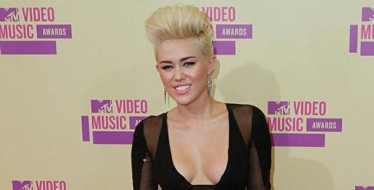 Miley má slabost pro Kristen Stewart.