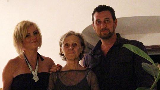Ďábelská trojice: Iveta, Domenico a jeho maminka.