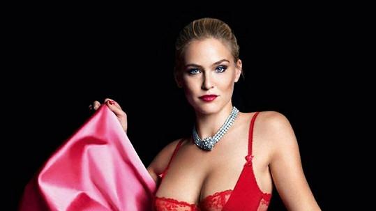 Bar Refaeli byla čtenáři Maximu zvolena Nejvíc sexy ženou světa.