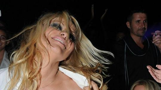 Pamela Anderson je velmi energická žena.
