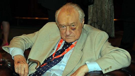 Třiadevadesátiletý Krejčík měl pořádného monokla.